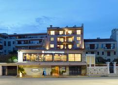 Best Western PLUS La Corniche - Toulon - Rakennus