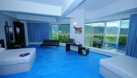 OYO 44082 Kuala Melaka Inn - Langkawi - Living room