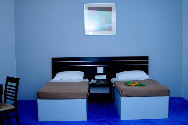 OYO 44082 Kuala Melaka Inn - Langkawi Island - Bedroom
