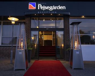 Hotel Pejsegaarden - Horsens - Gebouw