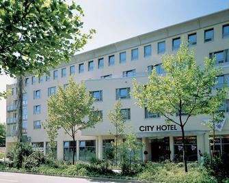 City Hotel Fortuna - Reutlingen - Building