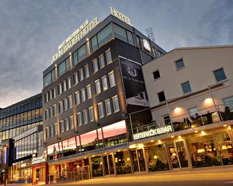 Best Western Plus John Bauer Hotel - Джонкопінг - Building