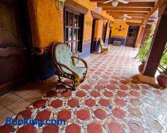 Hotel el Fuerte - El Fuerte - Building