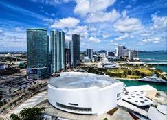 Holiday Inn Port Of Miami-Downtown - Miami - Außenansicht