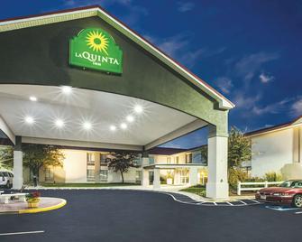 La Quinta Inn by Wyndham Waldorf - Waldorf - Gebäude
