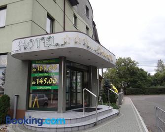Hotel Restauracja Kinga - Katovice - Building