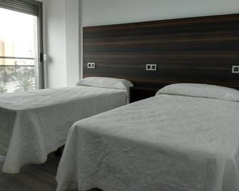 Hotel Ribera - Santiago de la Ribera - Schlafzimmer