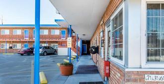 Rodeway Inn Elko Downtown Area - Elko - Näkymät ulkona