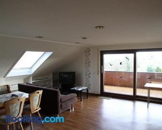Ferienwohnung Panoramaweg - Sohren - Living room