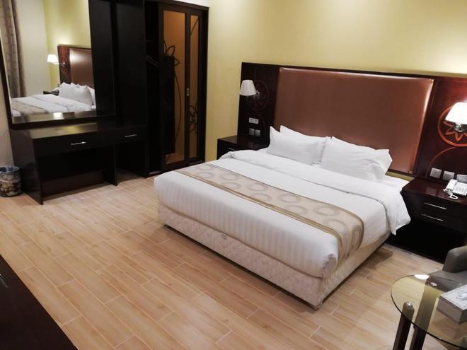 Rawdat Al Khail Hotel - Doha - Bedroom
