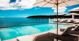 French Leave Resort Autograph Collection - Governor's Harbour - Piscina