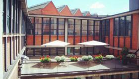 Mio Hostel - Milán - Edificio