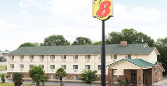 Super 8 by Wyndham Anderson/Clemson Area - Anderson - Building
