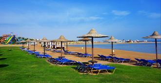 佳日海濱親水度假酒店 - 赫爾格達 - 洪加達 - 游泳池