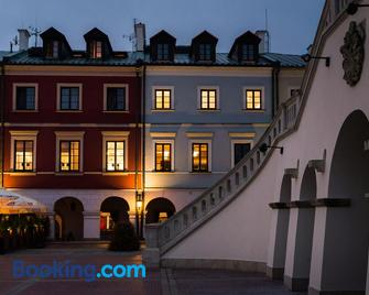 Hotel Arte - Замостя - Building