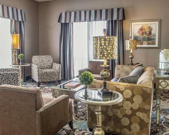 Comfort Suites Hudson I-94 - Hudson - Living room