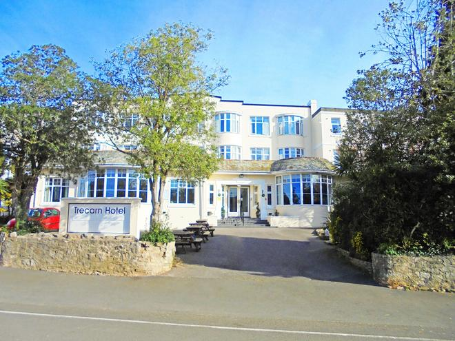 The Trecarn Hotel - Torquay - Building