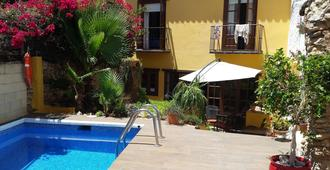 Hostal Lorca - Nerja - Pool