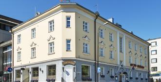 Boutique Hotel Yöpuu - Ювяскюля
