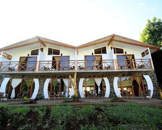 Hotel Y Cabañas Tea Nui - Hanga Roa - Building