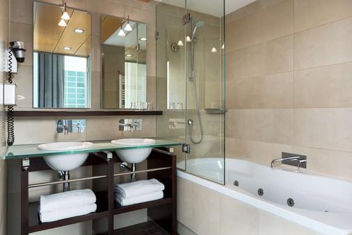 NH Den Haag - La Haye - Salle de bain