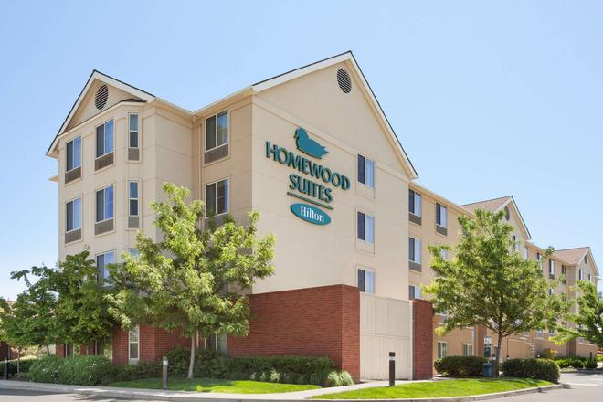 Homewood Suites by Hilton Medford - Medford - Building