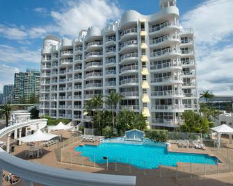 Broadbeach Holiday Apartments - Broadbeach - Building