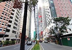 Mpt Suites - Manila - Outdoor view