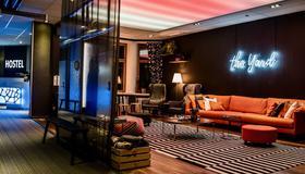 The Yard Concept Hostel - Helsinki - Lounge