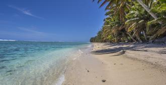 Lagoon Breeze Villas - Rarotonga - Beach