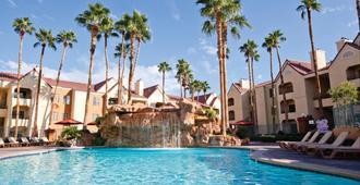 Holiday Inn Club Vacations at Desert Club Resort - Las Vegas - Piscina