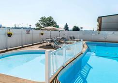 Comfort Inn Somerset - Somerset - Pool