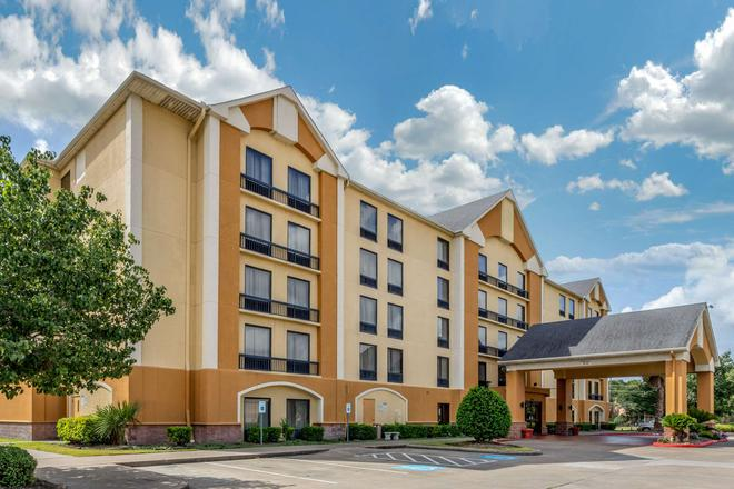Comfort Inn Hwy. 290/NW - Houston - Building