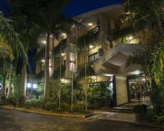 Las Ventanas Suite Hotel - Ciudad Del Este - Gebouw