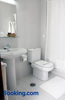Compostela - Vigo - Bathroom