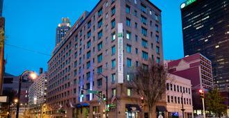 Holiday Inn Express & Suites Atlanta Downtown - אטלנטה - בניין