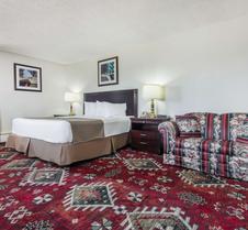 Travelodge by Wyndham Laramie