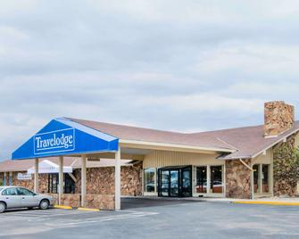 Travelodge by Wyndham Laramie - Ларамі - Building