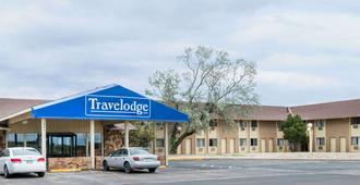Travelodge by Wyndham Laramie - Laramie - Gebäude