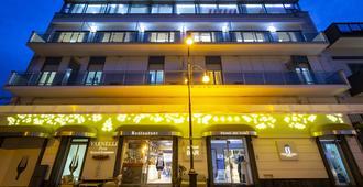 Hotel Del Sole - Помпеи - Здание