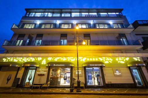 德爾索勒酒店 - 龐貝 - 龐貝 - 建築