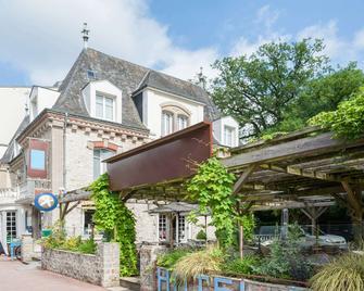 The Originals Boutique, Hôtel Ô Gayot, Bagnoles-de-l'Orne (Inter-Hotel) - Bagnoles-de-l'Orne-Normandie - Gebäude