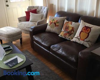 Ohana Hale - Kailua-Kona - Living room