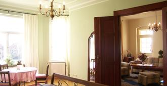 Hotel Appartement Villa Ulenburg - Dresde