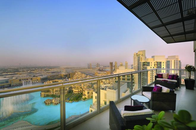 Ramada by Wyndham Downtown Dubai - Dubai - Balcony