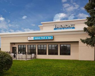 Baymont by Wyndham St. Joseph/Stevensville - Stevensville - Building