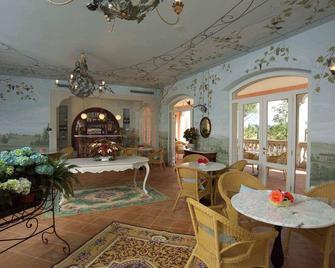 Villa Zuccari - Montefalco - Bar