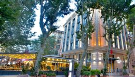 Pierre Loti Hotel - Special Class - Istanbul - Building