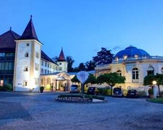 Grand Hôtel et Centre Thermal - Yverdon-les-Bains - Gebouw