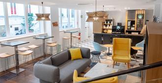 Holiday Inn Paris Opéra - Grands Boulevards, An IHG Hotel - פריז - לובי